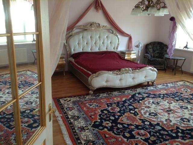 г. Феодосия, Куйбышева ул, 5-комнатная квартира, 167 кв м, Продажа