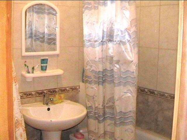 г. Феодосия, Куйбышева ул, 2-комнатная квартира, 60 кв м, Продажа