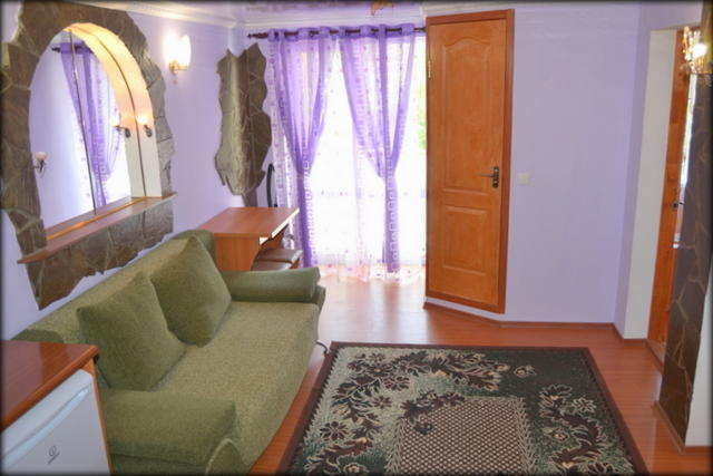 пгт Коктебель, Ленина ул, 1-комнатная квартира, 35 кв м, Продажа