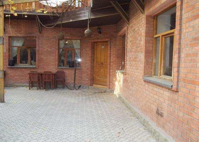 г. Феодосия, Адмиральский бульвар, бизнес, 370 кв м, Продажа