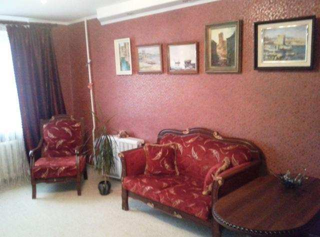 г. Феодосия, Симферопольское шоссе, 4-комнатная квартира, 90 кв м, Продажа