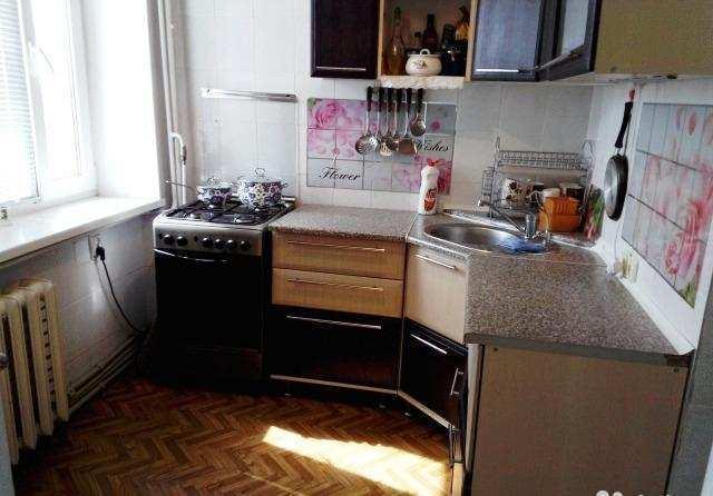 г. Феодосия, Крымская ул, 4-комнатная квартира, 64 кв м, Продажа