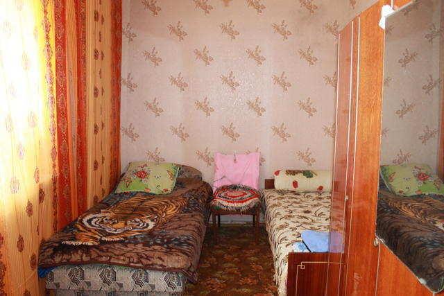 пгт Орджоникидзе, Ленина ул, 2-комнатная квартира, 44 кв м, Продажа