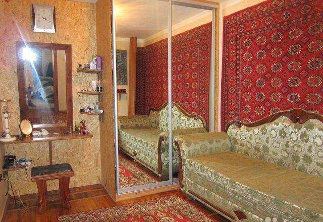 г. Феодосия, Старшинова Бульвар, 3-комнатная квартира, 94 кв м, Продажа