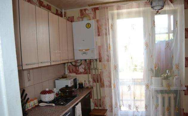 г. Феодосия, Симферопольское шоссе, 3-комнатная квартира, 68 кв м, Продажа