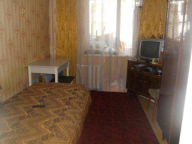 г. Феодосия, Старшинова Бульвар, 4-комнатная квартира, 80 кв м, Продажа