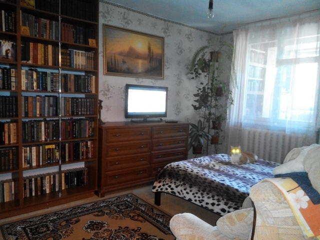 г. Феодосия, Гарнаева ул, 3-комнатная квартира, 70 кв м, Продажа
