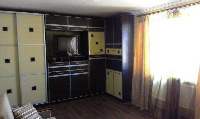пгт Орджоникидзе, Нахимова ул, 2-комнатная квартира, 57 кв м, Продажа