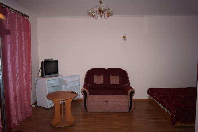 пгт Коктебель, Вересаева ул, бизнес, 465 кв м, 6.2 сот, Продажа