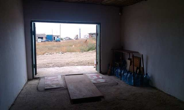 пгт Приморский, Гагарина ул, гараж, 24 кв м, Продажа