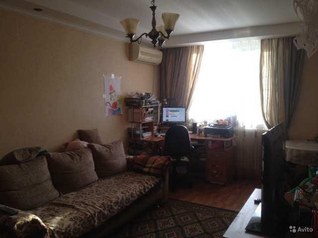 г. Феодосия, Симферопольское шоссе, 3-комнатная квартира, 72 кв м, Продажа