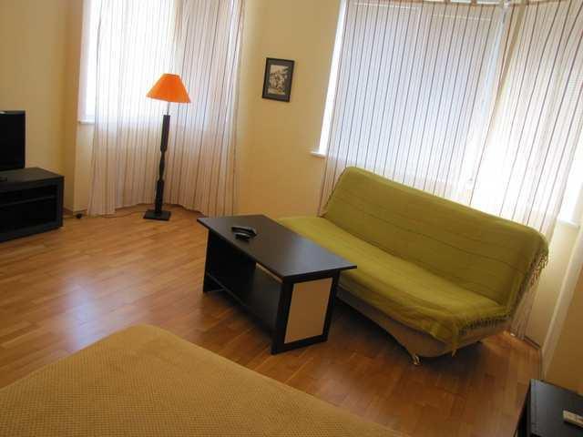 г. Феодосия, Адмиральский бульвар, 1-комнатная квартира в новостройке, 63 кв м, Продажа