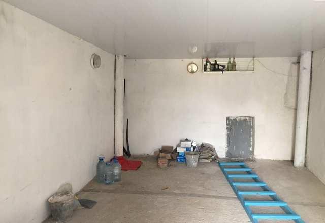 г. Феодосия, Северный АГК, гараж, 18 кв м, Продажа