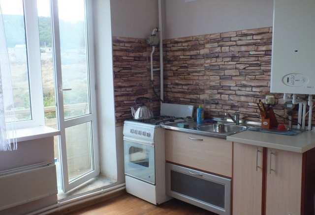 г. Феодосия, Симферопольское шоссе, 3-комнатная квартира, 76 кв м, Продажа