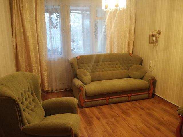 г. Феодосия, Дружбы ул, 3-комнатная квартира, 74 кв м, Продажа