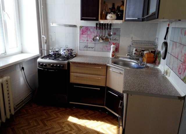г. Феодосия, Гарнаева ул, 4-комнатная квартира, 64 кв м, Продажа