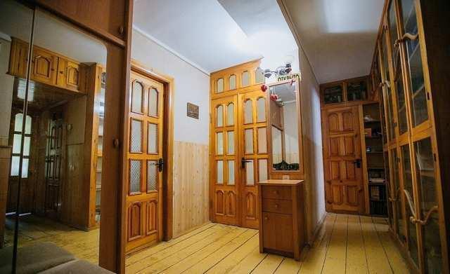 г. Феодосия, Челнокова ул, 3-комнатная квартира, 70 кв м, Продажа