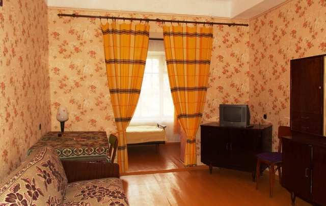 пгт Орджоникидзе, Бондаренко ул, 2-комнатная квартира, 56 кв м, Продажа