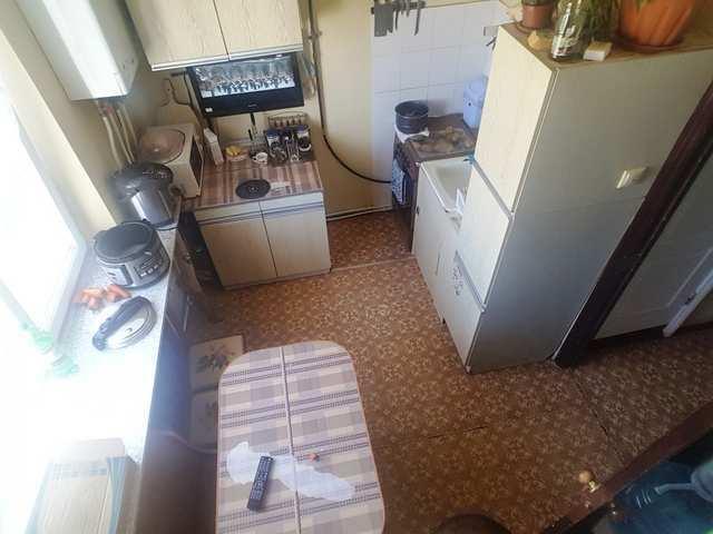 пгт Приморский, Симферопольское шоссе, 3-комнатная квартира, 75 кв м, Продажа