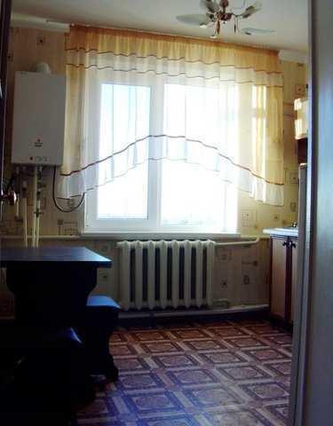 пос. Первомайское, Парашютная, 2-комнатная квартира, 56 кв м, Продажа
