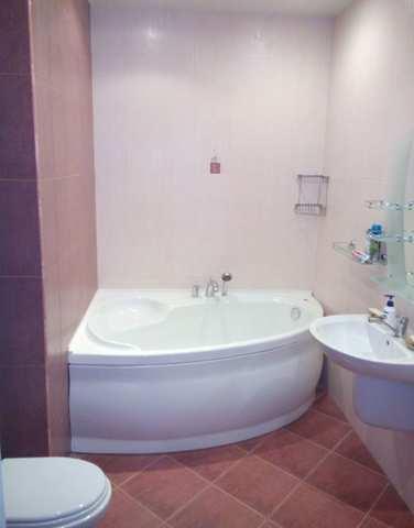 Купить 3 комнатную квартиру 125 кв м по ул Десантников в Феодосии