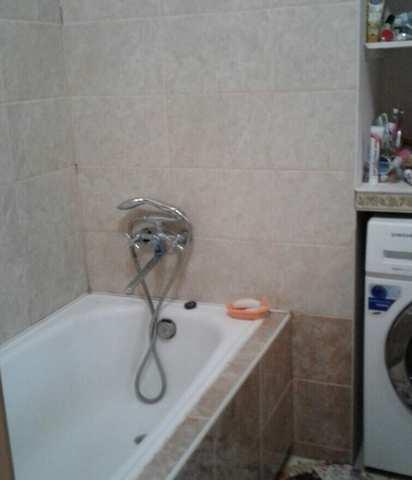Купить 3 комнатную квартиру 59,7 кв м по ул Челнокова в Феодосии.