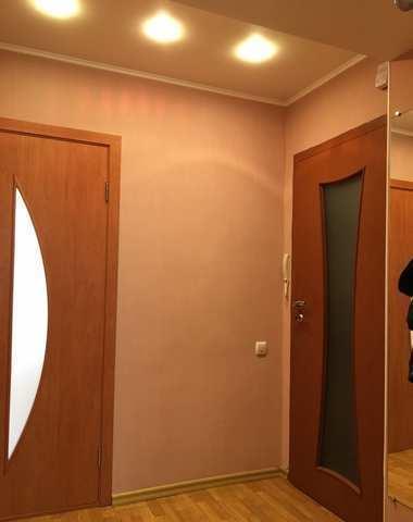 Купить 2 комнатную квартиру 52,2 кв м по ул Советская в Бахчисарае.