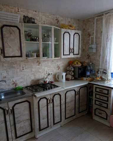 Купить 3 комнатную квартиру 80 кв м по ул Водохранилище в городе Старый Крым, Кировский район.