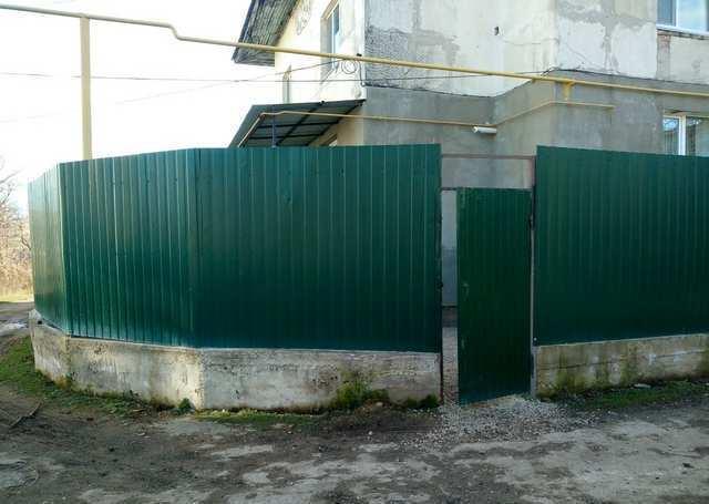 г. Старый Крым, Водохранилище, 3-комнатная квартира, 80 кв м, Продажа