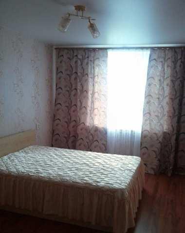 г. Феодосия, Гарнаева ул, 3-комнатная квартира, 69 кв м, Продажа