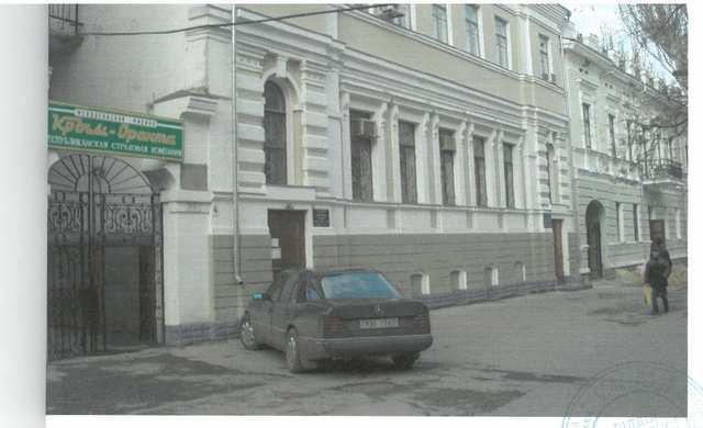 г Феодосия, ул Кирова, нежилое помещение, 120 кв м, длительная аренда.