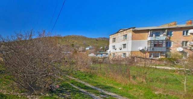 Купить 1 комнатную квартиру 33 кв м по ул Октябрьская в пгт Щебетовка города Феодосии.