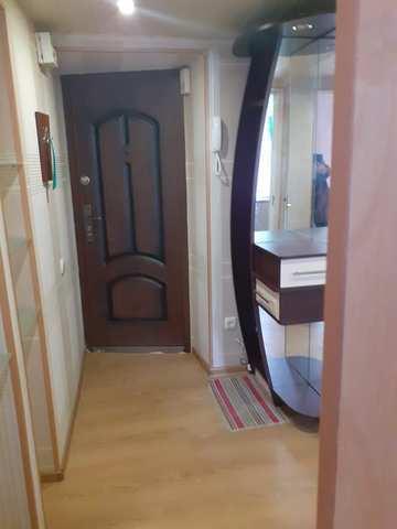 Купить 1 комнатную квартиру 33,8 кв м по ул Кирова в Феодосии.